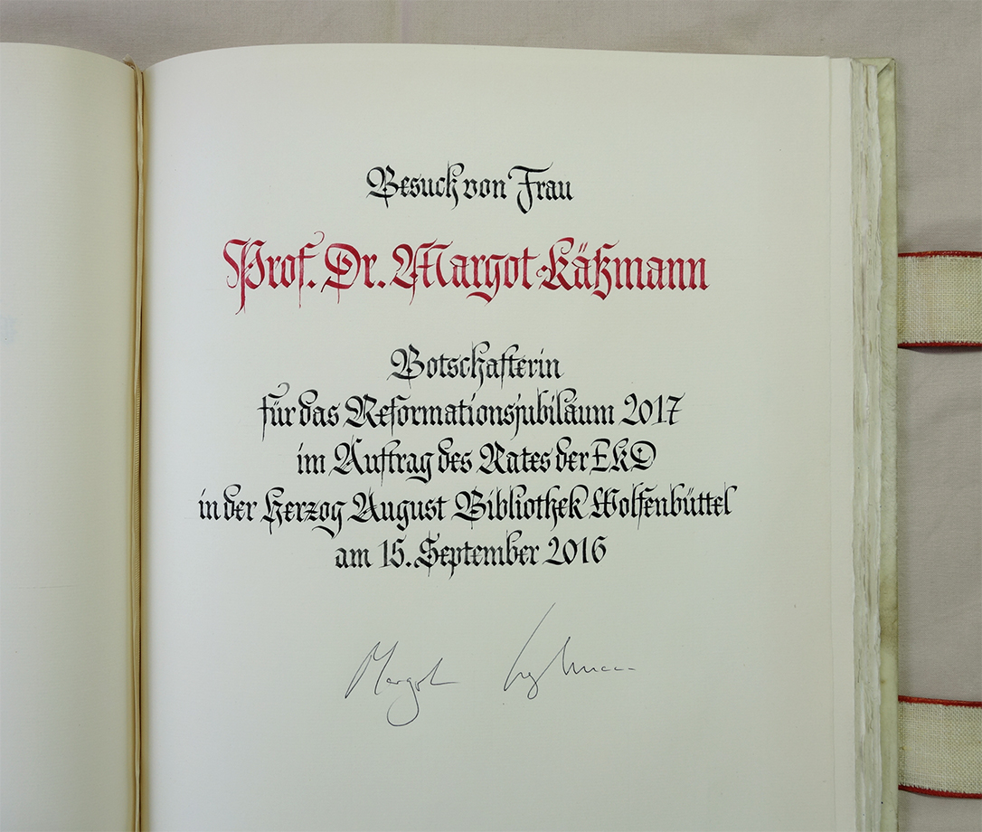 Goldenes Buch Margot Käßmann