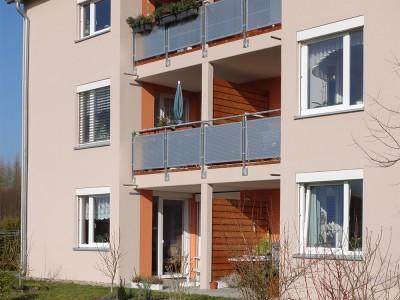 Fassade Farbkonzept Balkone