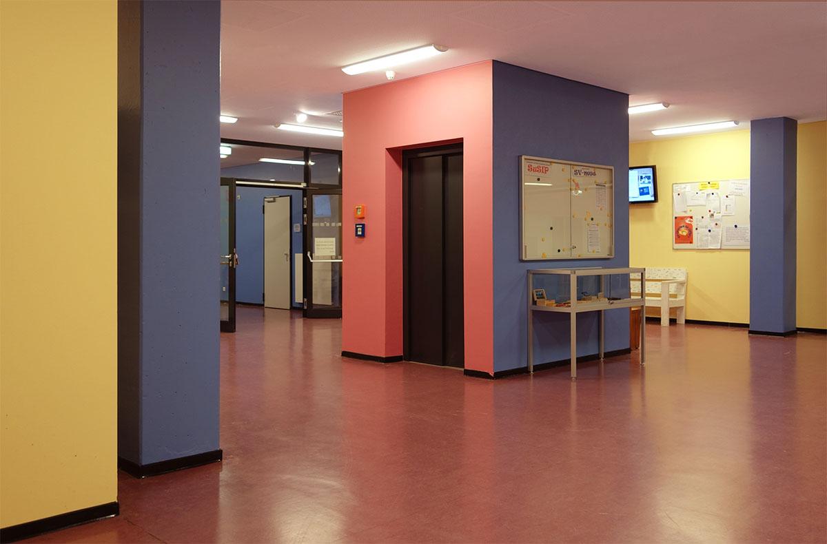 Farbgestaltung Schule
