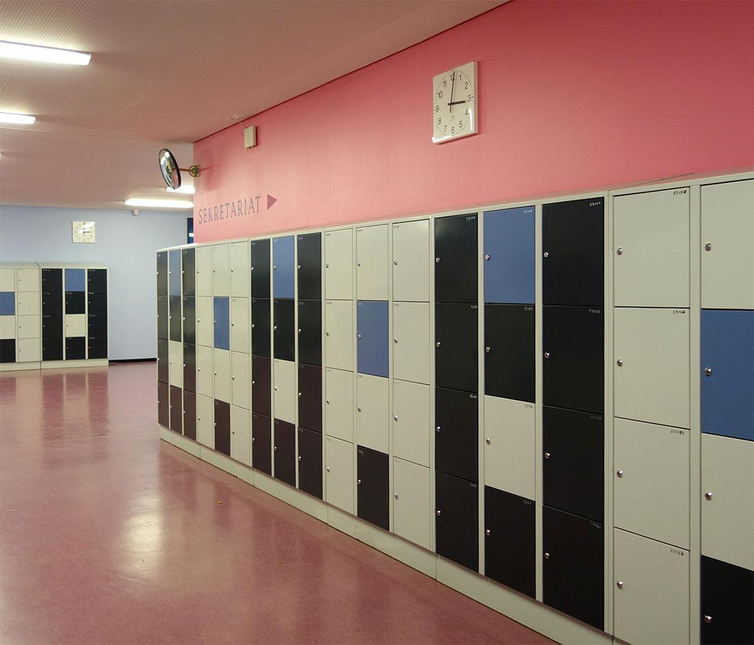 Farbdesign für eine Schule